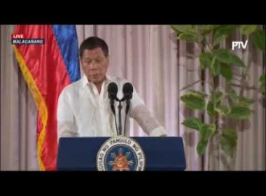 "President Duterte to mayors: ""Control"" illegal drugs problem or face suspension"
