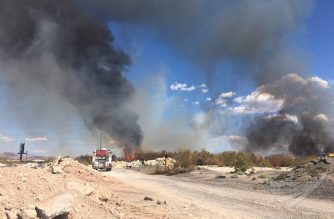 A blazing fire has slowed traffic down on interstate 515- 95 southbound. The cause for the fire is still unknown. Firefighters are on the scene.  Photo taken by EBC Las Vegas correspondent Aljamin Santos, Sunday, Sept. 17, 2017.   (Eagle News Service)