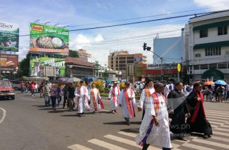 Catholic priests joining protest rallies in Iloilo City.  (Eagle News Service)