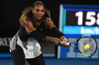 Serena Williams of the US hits a return against Venus Williams of the US during the women's singles final on day 13 of the Australian Open tennis tournament in Melbourne on January 28, 2017. / AFP PHOTO / PAUL CROCK / IMAGE RESTRICTED TO EDITORIAL USE - STRICTLY NO COMMERCIAL USE