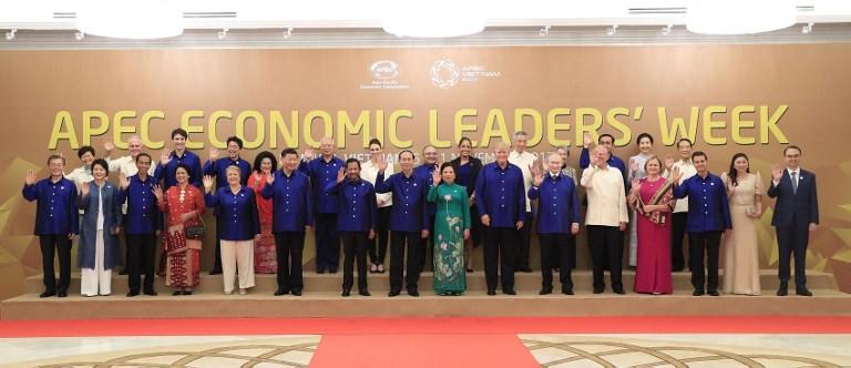 Cayetano represents President Duterte in APEC gala dinner in Vietnam