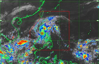"TD ""Salome"" makes landfall over San Juan, Batangas; brings heavy rains in several areas, including M. Manila"