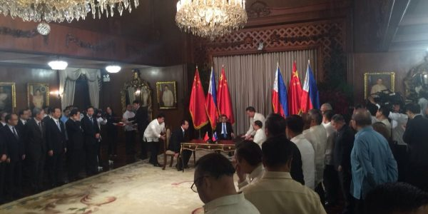 News in Photos: President Duterte and Chinese Premier Li witness signing of 14 agreements