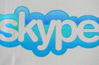 Skype logo /Getty Images/AFP