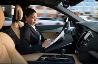 "(FILES) This file handout picture provided by Swedish carmaker Volvo taken on April 27, 2016 shows a woman reading inside a so-called autonomous driving (AD) car. Swedish carmaker Volvo Cars said on November 20, 2017 it has signed an agreement to supply ""tens of thousands"" of self-driving cars to the ride-sharing company, Uber, which has been hit by a series of controversies.  / AFP PHOTO / VOLVO / Handout / RESTRICTED TO EDITORIAL USE - MANDATORY CREDIT ""AFP PHOTO /VOLVO / HANDOUT"" - NO MARKETING NO ADVERTISING CAMPAIGNS - DISTRIBUTED AS A SERVICE TO CLIENTS"