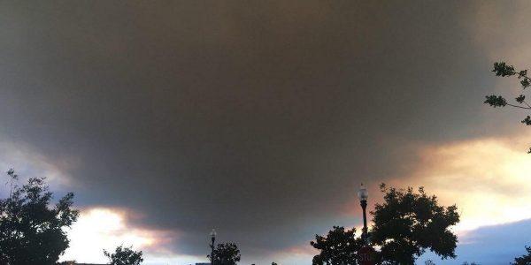 LOOK: Smoke from wildfires darkens Oxnard, California skies
