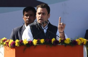 Newly elected President of the Indian National Congress party Rahul Gandhi gestures while speaking during a ceremony at the party headquarters in New Delhi on December 16, 2017. / AFP PHOTO / Prakash SINGH