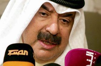 (FILE) Kuwait's Deputy Foreign Minister Khaled Al-Jarallah speaks to journalists during a celebration commemorating the Saudi National Day, in Kuwait City on September 25, 2017. / AFP PHOTO / Yasser Al-Zayyat