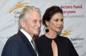 NEW YORK, NY - NOVEMBER 01: Michael Douglas and Catherine Zeta-Jones attend The Actor's Fund Career Transition For Dancers 2017 Jubilee Gala at Marriott Marquis Hotel on November 1, 2017 in New York City.   Jamie McCarthy/Getty Images/AFP