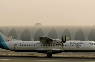 A French-made ATR-72 owned by Iran's Aseman Airlines sits on the tarmac at Dubai airport on July 29, 2008. AFP PHOTO/MARWAN NAAMANI / AFP PHOTO / MARWAN NAAMANI