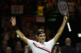 Switzerland's Roger Federer celebrates after victory over Netherlands Robin Haase in their quarter-final singles tennis match for the ABN AMRO World Tennis Tournament in Rotterdam on February 16, 2018.  / AFP PHOTO / JOHN THYS
