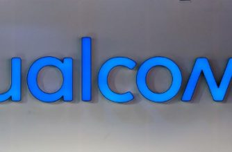(FILES) In this file photo taken on January 12, 2018 a Qualcomm sign is seen during the Consumer Electronics Show (CES) 2018 at the Las Vegas Convention Center in Las Vegas, Nevada. US mobile chipmaking giant Qualcomm on February 20, 2018 raised its bid for Dutch rival NXP to an estimated $43 billion as the California-based firm moved to fend off a hostile offer from Singapore's Broadcom.The new bid amounts to $127.50 per NXP share and aims to satisfy NXP shareholders who had expressed concern the Qualcomm bid was too low.  / AFP PHOTO / Mandel NGAN