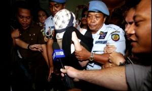 Convicted Australian drug trafficker Schappelle Corby released on parole