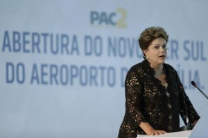Brazil's President Dilma Rousseff attends the inauguration ceremony for the South Pier of the Juscelino Kubitschek International Airport in Brasilia April 16, 2014. Credit: Reuters/Ueslei Marcelino