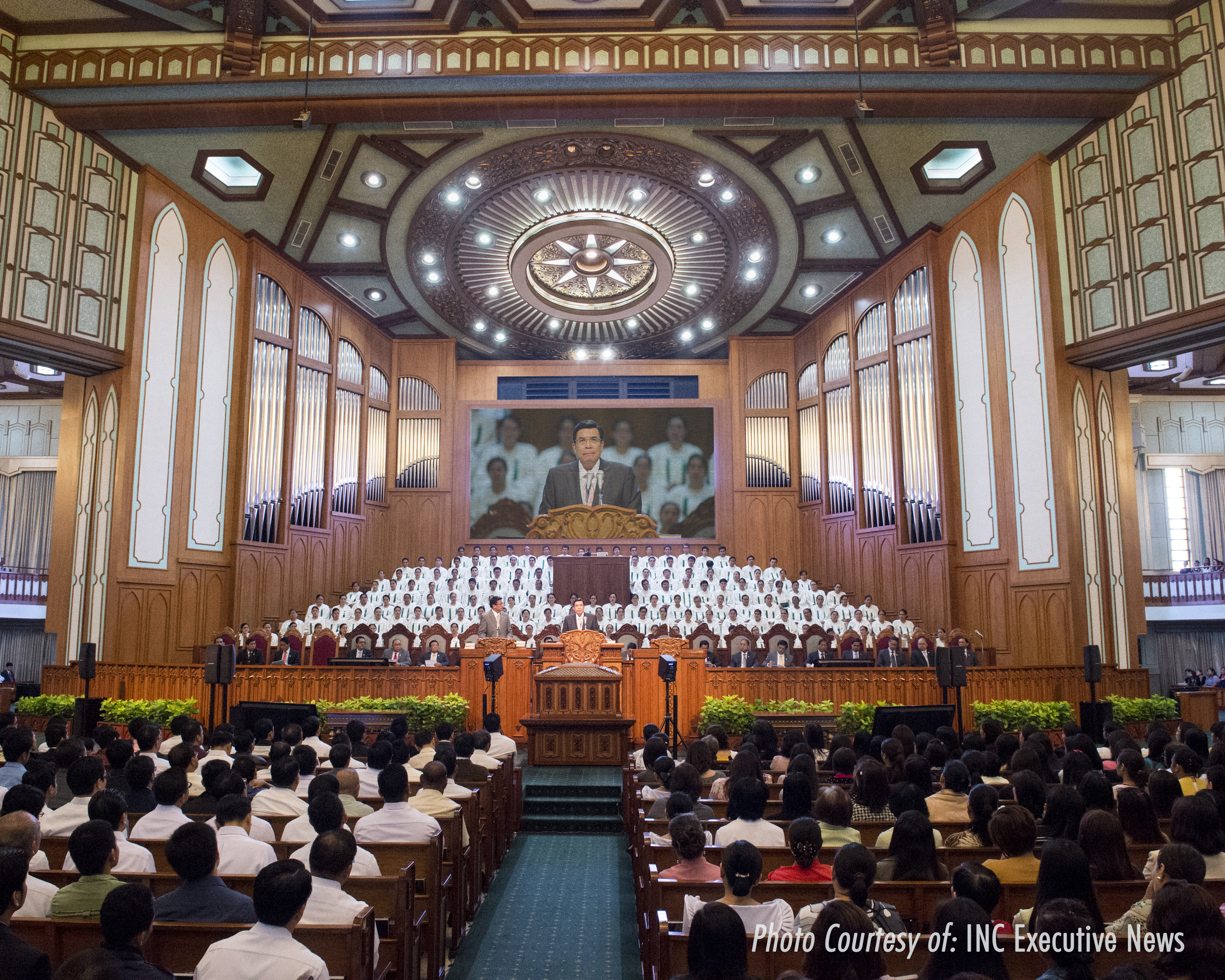 Glorious Hymn Singing To God In Inc S Central Temple Complemented By New One Of A Kind Pipe Organ