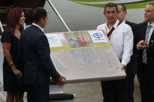 A box containing a painting of French master Henri Matisse, known as ''Odalisque in Red Pants'' (Odalisque a la Culotte Rouge), arrives at Maiquetia International Airport in Caracas July 7, 2014. Credit: Reuters/Carlos Garcia Rawlins