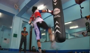 2011 Southeast Asian gold medallist John Paul Lizardo practices  in the last leg of training before the Philippine team leaves for Incheon on September 20 for the upcoming Asian Games in South Korea. (Photo grab from Reuters video)