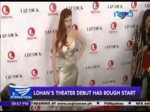 Rough start for Lohan's theater debut