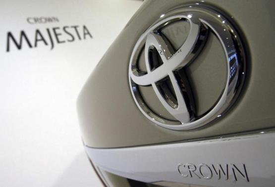 Toyota Motor Corp.'s Crown Majesta is displayed at an unveiling of the new sedan in Tokyo March 26, 2009.