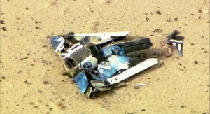 Wreckage from Virgin Galactic's SpaceShipTwo in Mojave, California October 31, 2014.    REUTERS/KNBC-TV