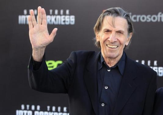 Leonard Nimoy, cast member of the new film 'Star Trek Into Darkness', poses as he arrives at the film's premiere in Hollywood May 14, 2013. CREDIT: REUTERS/FRED PROUSER