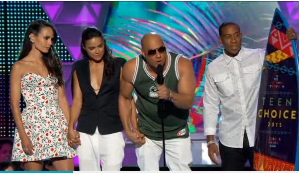 "Teen Choice honors ""Furious 7,"" Paul Walker"