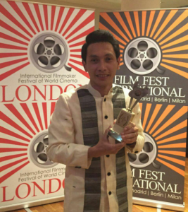 """INCinema director Carlo Cuevas of """"Walang Take Two"""" wins as best director in a foreign language film at the 2016 International Filmmaker Festival (IFF) of World Cinema in London. (Eagle News Service)"""