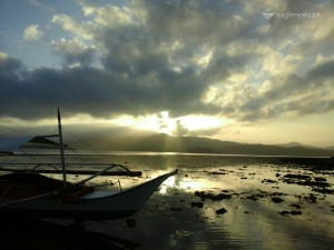Pagdanan Bay, North Palawan by Eugene Nunez