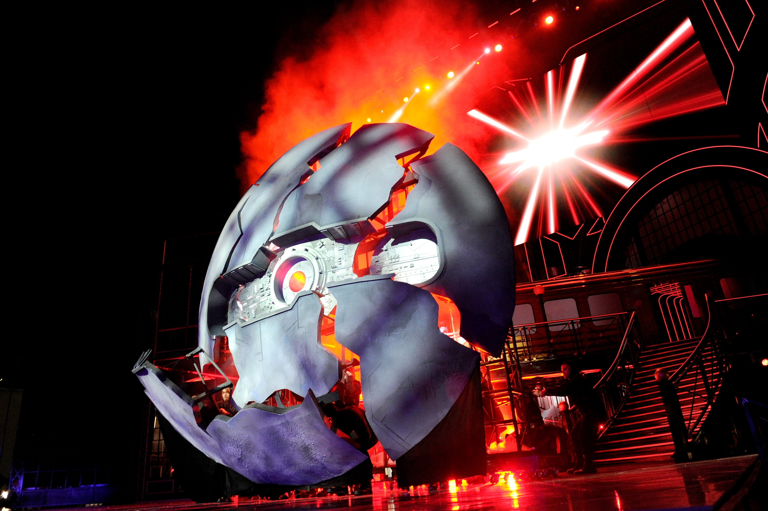 BURBANK, CALIFORNIA - APRIL 09: A simulation of Starkiller Base from 'Star Wars: The Force Awakens' is displayed onstage during the 2016 MTV Movie Awards at Warner Bros. Studios on April 9, 2016 in Burbank, California. MTV Movie Awards airs April 10, 2016 at 8pm ET/PT.   Emma McIntyre/Getty Images for MTV/AFP