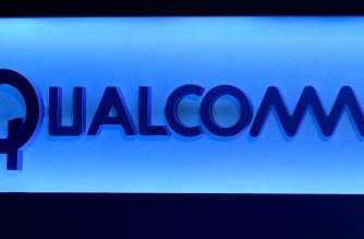 LAS VEGAS, NV - JANUARY 06: A Qualcomm sign is shown on stage before a keynote address by Qualcomm Inc. CEO Steve Mollenkopf at CES 2017 at The Venetian Las Vegas on January 6, 2017 in Las Vegas, Nevada. CES, the world's largest annual consumer technology trade show, runs through January 8 and features 3,800 exhibitors showing off their latest products and services to more than 165,000 attendees.   Ethan Miller/Getty Images/AFP