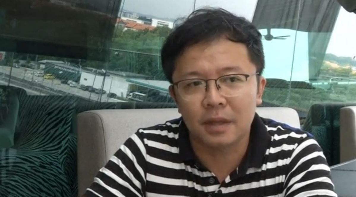 Calvin Shim whose wife Christine Tan was a stewardess on MH370, said he hope that Malaysian Prime Minister Najib Razak would consider the recommendation by the Australian Transport Safety Board to extend the search area by 25,000 square kilometers north of the previous area where the plane was believed to have crashed. (Photo grabbed from Reuters video)