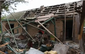 Monitors on Sunday (May 14) inspected a household in the eastern Ukrainian town of Avdiyivka which was damaged by artillery fire a day earlier. Photo grabbed from Reuters video file.