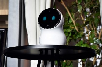 LAS VEGAS, NV - JANUARY 08: LG Electronics's CLoi robot is displayed during a LG press event for CES 2018 at the Mandalay Bay Convention Center on January 8, 2018 in Las Vegas, Nevada. CES, the world's largest annual consumer technology trade show, runs from January 9-12 and features about 3,900 exhibitors showing off their latest products and services to more than 170,000 attendees.   David Becker/Getty Images/AFP