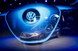 The 2019 Volkswagen Jetta R-Line is introduced during the 2018 North American International Auto Show in Detroit, Michigan, on January 14, 2018. / AFP PHOTO / JIM WATSON